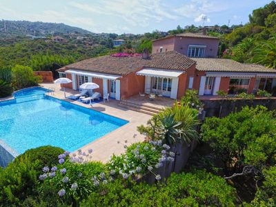 Photo for Large prestigious villa with panoramic view & 2 pools... 3 mn to beach by foot..