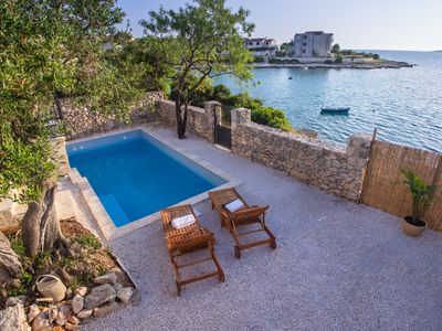 Photo for Villa with Pool First Row to the Sea and in Front of the Beach