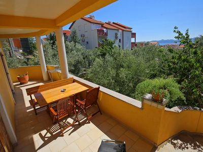 Photo for Sunny Two-bedroom Apartment with Sea view