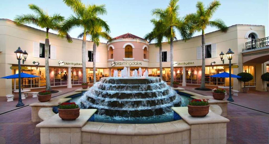 BEST LOCATION IN Naples! All Brand new renovations! 300 ...