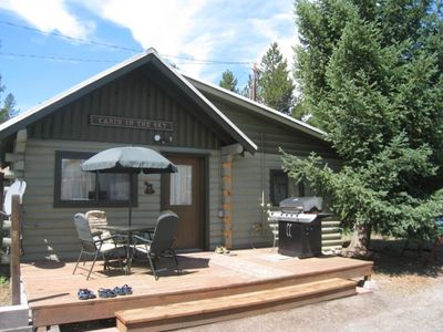 Book now for Summer! A minute to Yellowstone's entrance. Clean family cabin!!
