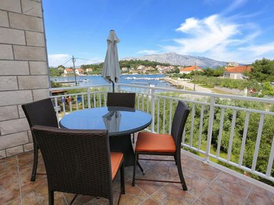 Photo for Two bedroom apartment with terrace and sea view Lumbarda (Korčula)