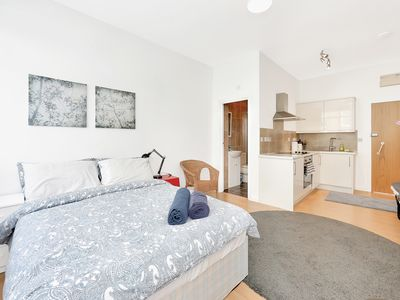 Photo for Super Studio Flat In Camden - 5 Mins To Tube
