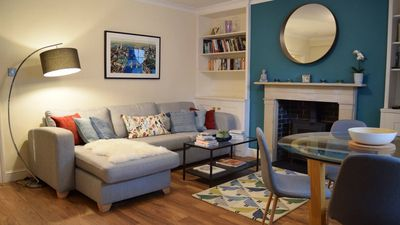 Photo for Comfy 1-bedroom flat to rent in Islington