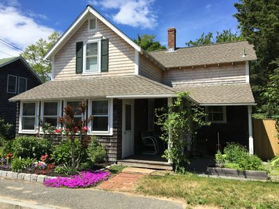 Photo for Convenient In-Town (Oak Bluffs) Location