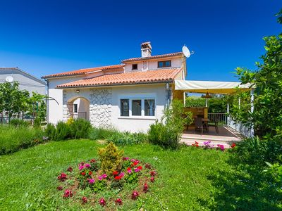 Photo for Holiday house Premantura for 1 - 7 persons with 3 bedrooms - Detached holiday house