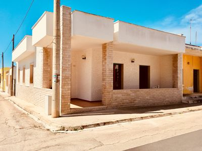 Photo for Villa 80 meters from the beach (sand)