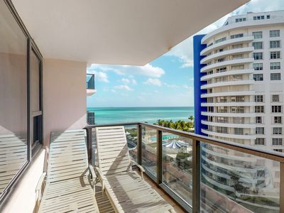 Photo for NEW LISTING! Waterfront condo w/shared pools, hot tubs, Tiki bar & beach access