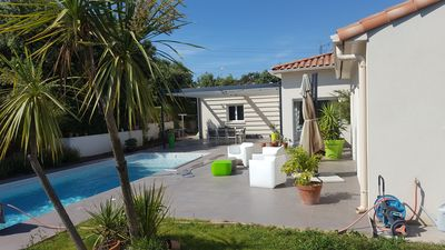 Photo for Villa with pool in residential area