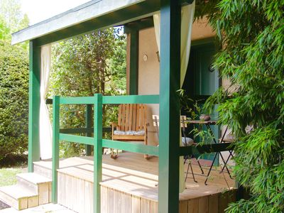 Photo for Charming studio in lush greenery on the outskirts of Saint-Etienne