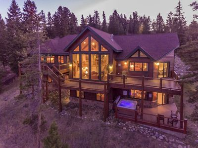 Photo for 5BR/5BA Luxury Keystone Home (sleeps 14-18). Pool table, hot tub, 10 mile view.