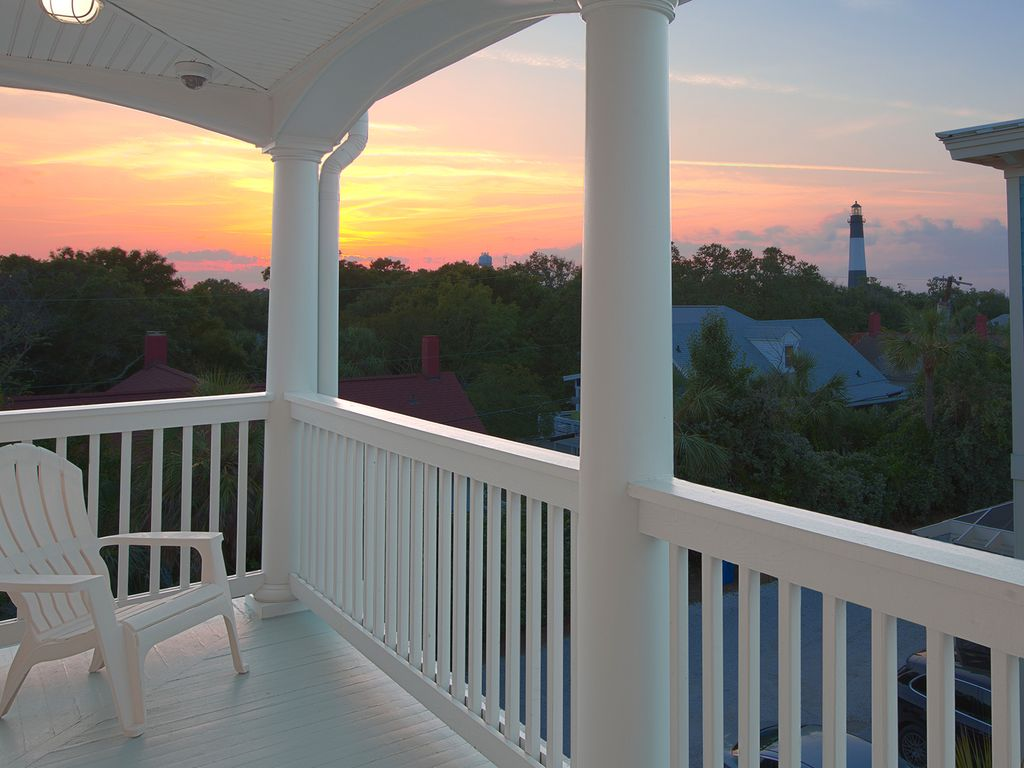 Gorgeous Ocean View Home Steps from the Beach! Bring the Whole Family