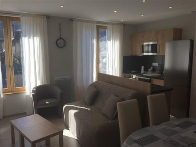 Photo for Apartment Le Mont-Dore, 2 bedrooms, 6 persons