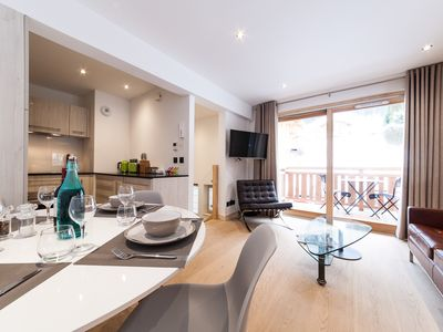 Photo for ❄️🌞Premier 2 bed apartment in a luxury residence with Free Ski Bus 🌞❄️