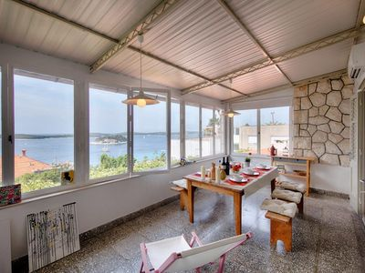 Photo for Two bedroom apartment with air-conditioning Hvar