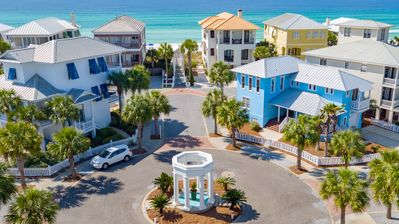 Photo for Amazing Gulf View, back door beach walkover, steps to pool, beach chairs