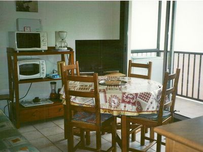 Photo for T2 cabin, 6p, Near Town Center, Mountain View, Parking