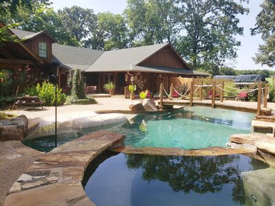 TEXAS IS OPEN! The Log Cabin! CLEAN, ISOLATED, SANITIZED! Fresh AIR!