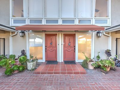 Photo for West Side Hideway  Centrally Located Sleeps 6 . Close to Marina &  Hollywood