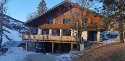Photo for chalet sleeps 14 with large terrace 150 m from the slopes