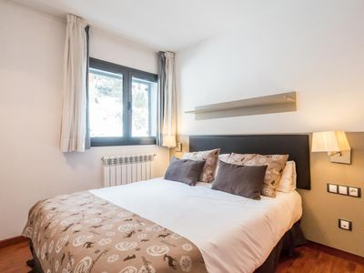 Photo for 1 Bedroom Apart (2 adults + 2 children). Alt. 1950 m. PER 2H
