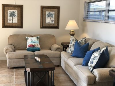 Photo for Only a 5 minute stroll to the beach. Adorable king suite condo. Free bikes.