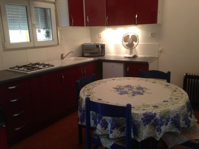 Photo for Small quiet house in Avignon -50% reduction for 1 whole month
