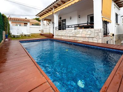 Photo for Vacation home Alemania in Segur de Calafell - 7 persons, 3 bedrooms