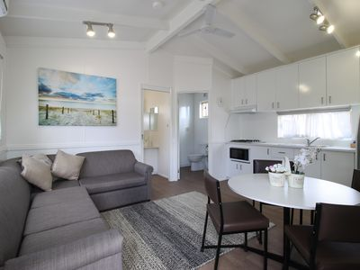 Photo for 3BR Cabin Vacation Rental in Rye, VIC