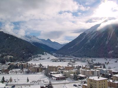 Photo for Apartment in the center of Davos with Lift, Parking, Internet, Washing machine (53095)