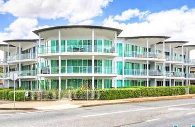Photo for VICTOR HARBOR LUXE EXEC PENTHOUSE - PRIME BEACHFRONT  LOCATION. **FREE WI-FI**