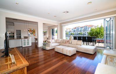 Photo for East Perth - Luxury River Front Indulgence