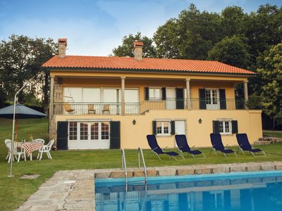 Photo for Big house with swimming-pool and Wifi
