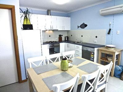 Kitchen & Dine Apt 2