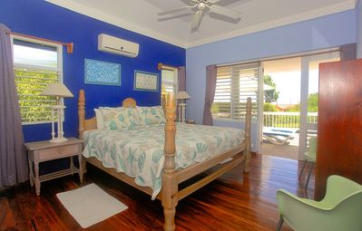Photo for Pool, 500m to Beach, Staff & Cook, 1 Beds, 1 Bdrms, (HTV236)