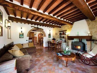 Photo for 3 bedrooms apartment in Country House with pool 10min from Cortona