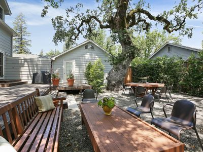 Photo for Charming Farm House Downtown St. Helena.
