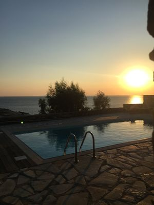 Photo for Sunset villa with swimming pool