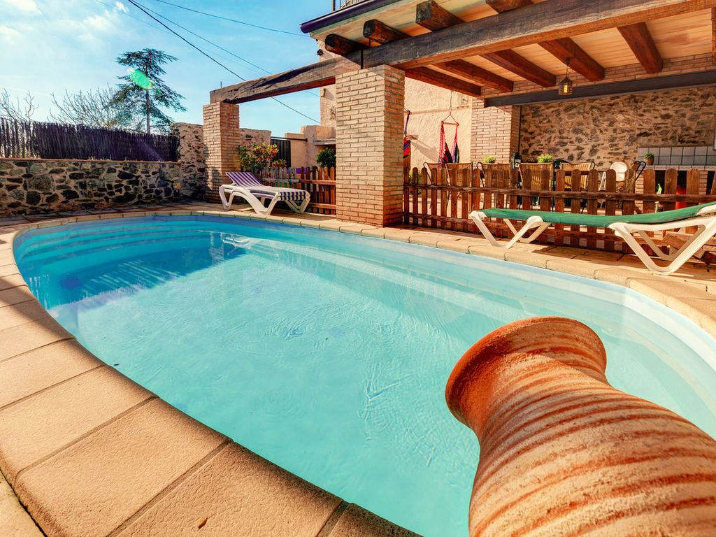 Country House With Large Garden And Swimming Pool 10 Minutes From The Beach Garriguella Costa