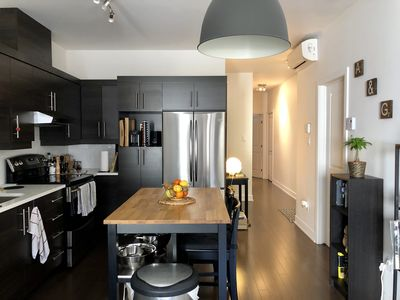 Photo for Charming apartment near the Jacques Cartier Bridge