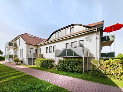 Photo for HOR18 - 1-room apartment with balcony - court residence