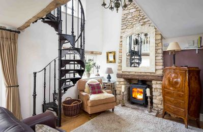 Photo for Bag End is a beautiful, spacious Cotswold stone property in Stow-on-the-Wold