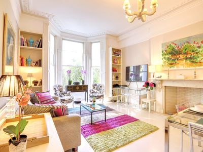 Photo for Stylish Kensington large 2 Bedroom Home