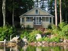 3BR Cottage Vacation Rental in Mirror Lake, New Hampshire
