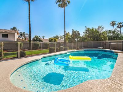 Photo for House in Scottsdale with Internet, Air conditioning, Parking, Washing machine (1024919)