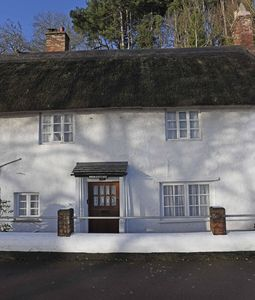 Photo for Rock Cottage, charming and welcoming Thatched Cottage, with beach front location