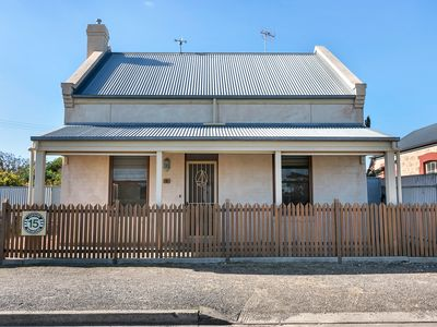 Photo for Centrally Located in the heart of Goolwa - All Towels &  Linen Included!