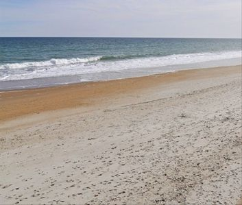 Photo for Paradise Revisited-Oceanfront-Sleeps 22-7bd/5bth+Elevator+2 Living Rooms