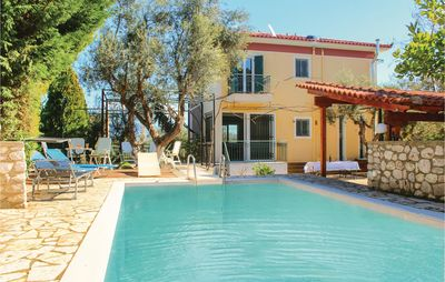 Photo for 4 bedroom accommodation in Kamares