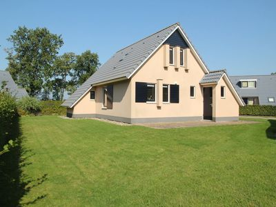 Photo for Complete holiday home with shared facilities, amidst lovely Frisian surroundings